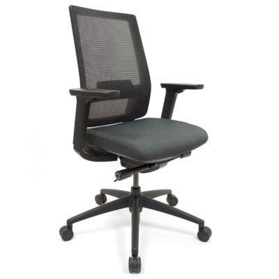 Icon Q2 Chair