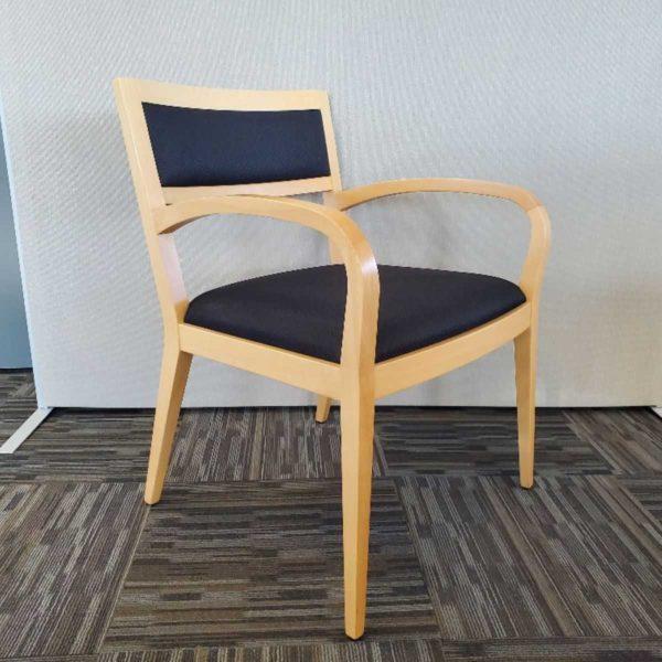 Krug Guest Chair